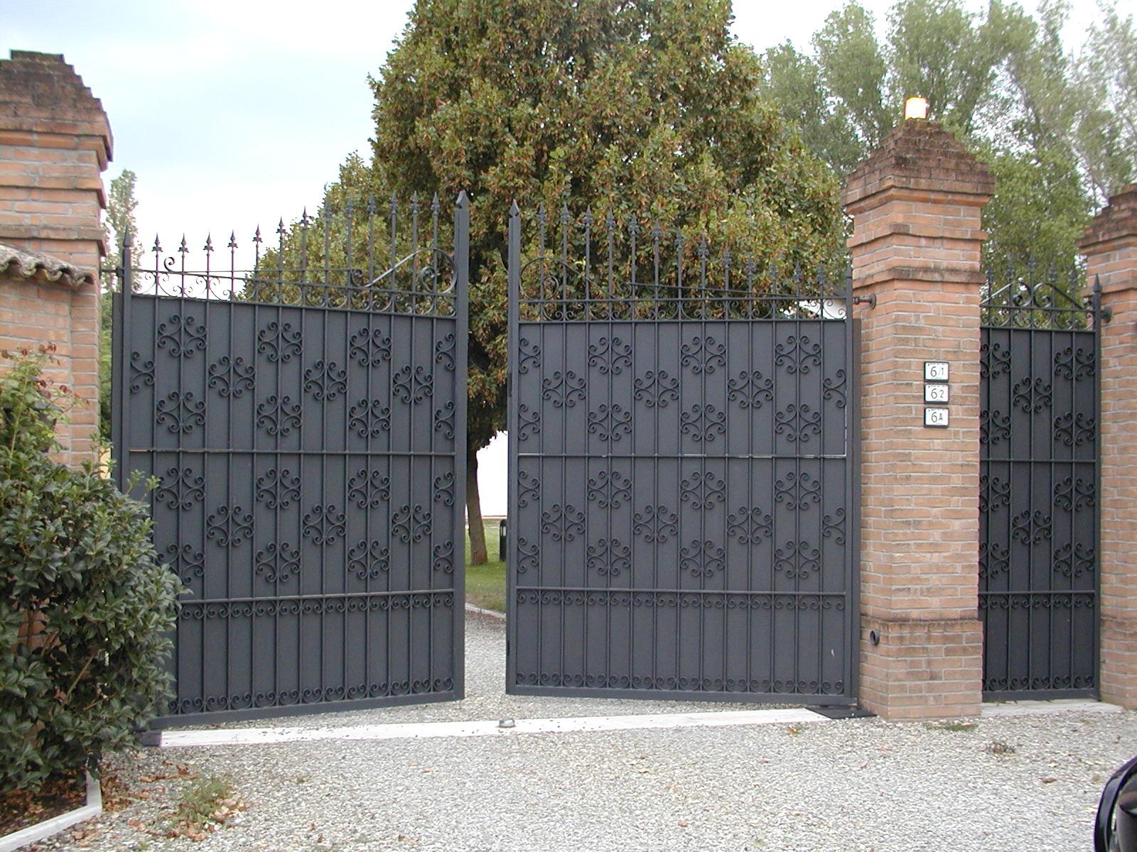 Cancelli E Cancelletti Serramenti In Alluminio Reggio