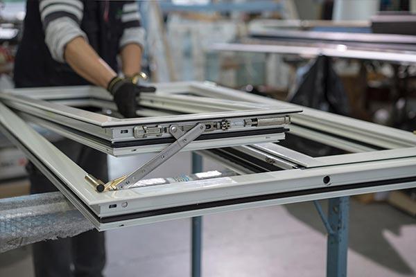 costruzione-serramenti-alluminio-reggio-emilia